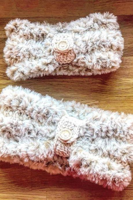 Crochet earwarmers (2 peaces) 2 in 1 (with or without button ring), Adult headband, Teen headband, Soft Fake Furr, Mom and Doughter set
