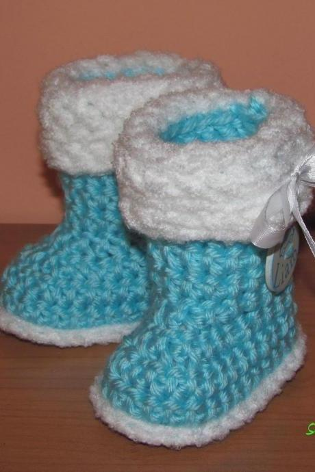 Crocheted slippers - soft wool yarn - simple boy edition (baby slippers, wool, baby gift, newborn, boy, girl)